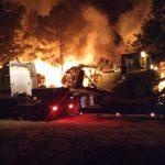 Transporte de Bulldozer CATERPILLAR D6 entre llamas en el incendio de Tarragona 2019